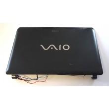 Zadní část krytu displaye 3FGD3LHN090 z Sony Vaio PCG-51211M