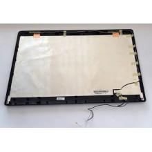 Zadní část krytu displaye 13N0-G5A0511 / 13GNX02AP011 z Asus N71J