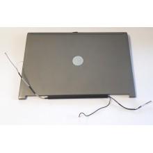Zadní část krytu displaye 0YT450 / AMZGX000400 z Dell Latitude D630