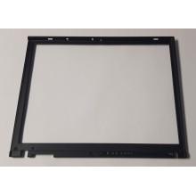 Rámeček krytu displaye 91P9526 z IBM ThinkPad T40p